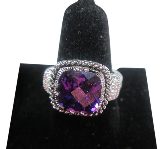 Preload https://item1.tradesy.com/images/lia-sophia-purple-tulipa-size-8-new-with-tags-ring-3927580-0-0.jpg?width=440&height=440