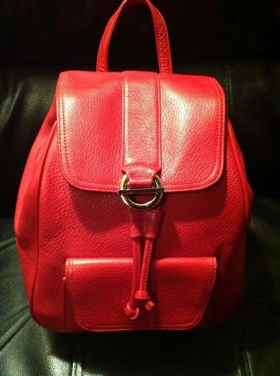 Preload https://item3.tradesy.com/images/talbots-red-leather-backpack-39277-0-0.jpg?width=440&height=440