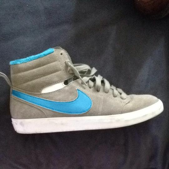 Nike Grey And Blue Athletic