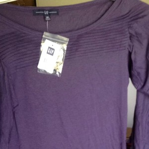 Gap Top Purple
