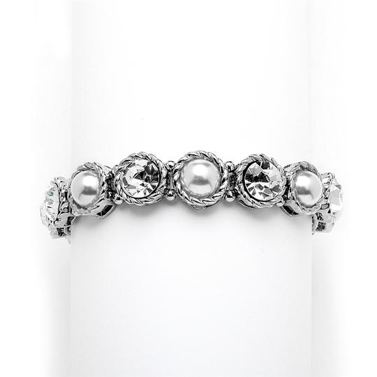 Mariell Fabulous Bridal Or Bridesmaids Silvery Pearl And Crystal Stretch Bracelet 4249b