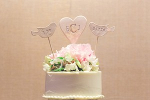 White I Do / Ditto Ceramic Bird Cake Topper