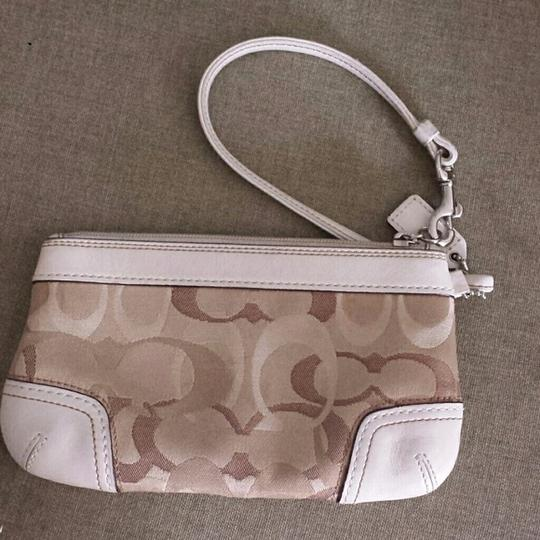 Coach Opt Art Pleated Leather Pink Coral White Brown Fuscia Bundle Wristlet in Multi Image 2