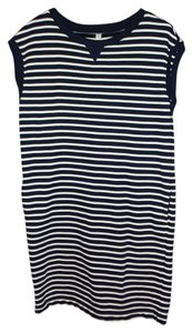 Uniqlo short dress Black & White on Tradesy