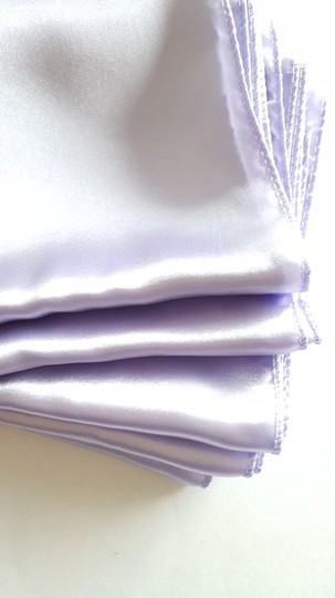 5 Satin Lavender Table Runners