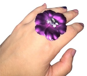 Simply Vera Vera Wang Simply Vera Wang Purple flower cocktail Ring