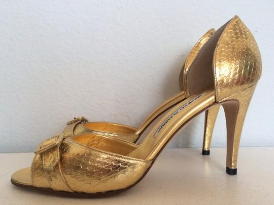 Manolo Blahnik Gold Pumps Image 3