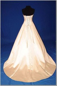 Maggie Sottero Ivory Satin Olympia Traditional Wedding Dress Size 8 (M)