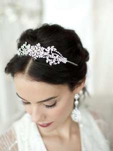 Mariell Vintage Art Deco Floral Design Wedding Headband