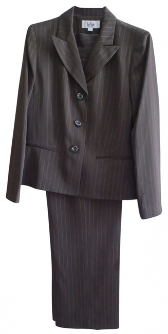 Preload https://item2.tradesy.com/images/le-suit-dark-brown-pin-striped-pant-size-12-l-39391-0-0.jpg?width=400&height=650