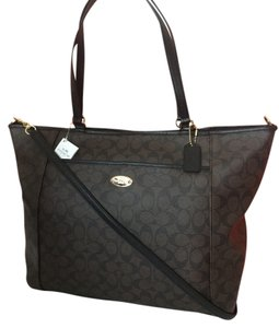 Coach Signature Handbag Xlarge Tote in black brown