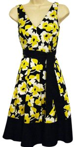 Nine West short dress Black/Yellow/White Sleeveless V-neck on Tradesy