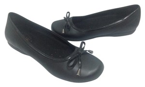 Predictions Ballet Black Flats