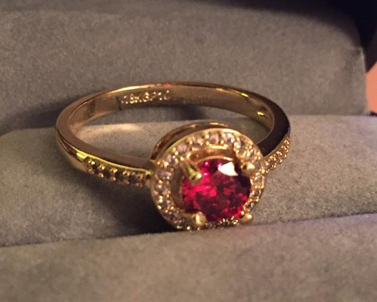 Other 18k GP cocktail ring with round garnet red and crystal stones