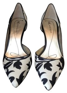Anne Klein Black white Pumps