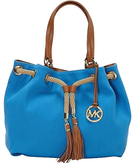 Preload https://item5.tradesy.com/images/michael-kors-marina-lg-gathered-tote-heritage-blue-canvas-tote-3944419-0-1.jpg?width=440&height=440
