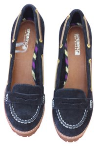 Sperry Black Pumps