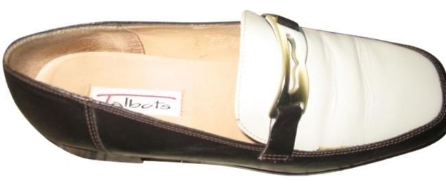 Item - Chocolate/Cream Two Tone and Leather Loaf Flats Size US 7.5 Narrow (Aa, N)