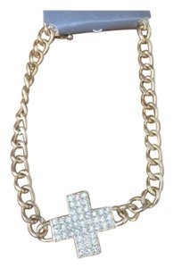 NWT Chunky Cross Statement Necklace