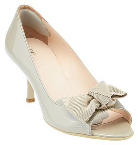 Prada Patent Leather Pump Bow Taupe Pumps