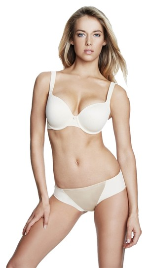 Preload https://item1.tradesy.com/images/dominique-nude-4500-everyday-full-figure-t-shirt-bra-size-h-3949780-0-0.jpg?width=440&height=440