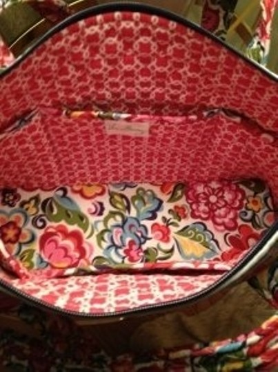 Vera Bradley Betsy Silhouette Has A Fresh Smart Look. Th Shoulder Bag