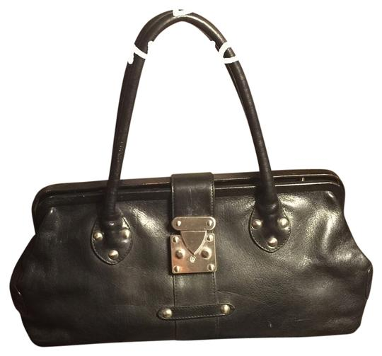 Preload https://item3.tradesy.com/images/black-leather-satchel-3955342-0-0.jpg?width=440&height=440