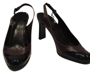 Chanel Brown leather and Black Patent Leather Pumps