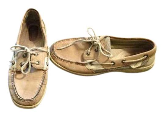 Preload https://item5.tradesy.com/images/sperry-flats-size-us-7-395889-0-0.jpg?width=440&height=440