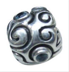 PANDORA Pandora retired Large Day Dream with Indigo CZ Charm