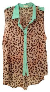 E & M Animal Print Colorblock Sheer Sleeveless Button Down Shirt Multicolor
