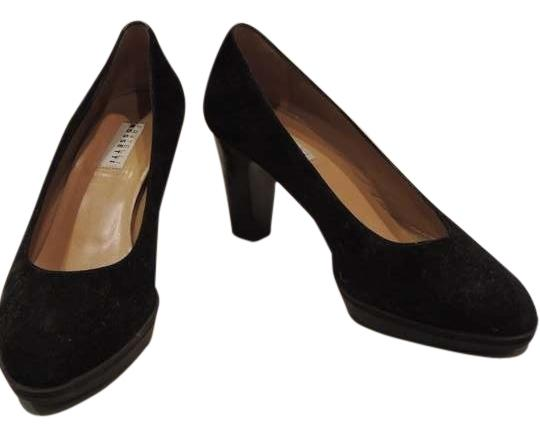 Preload https://item2.tradesy.com/images/fratelli-rossetti-black-6426953301-pumps-size-us-75-396331-0-0.jpg?width=440&height=440