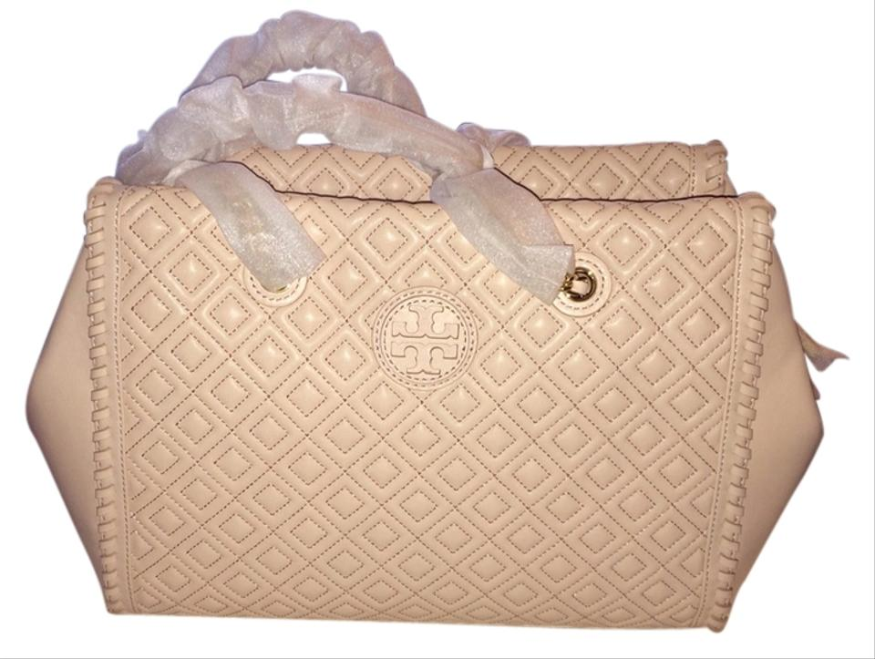 Tory Burch Marion Quilted Slouchy Satchel Light Oak 26