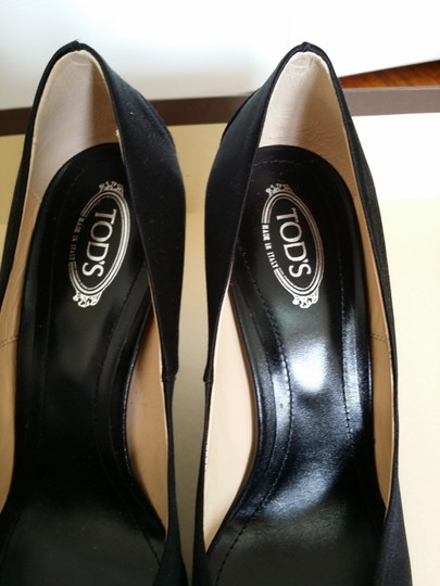 Tod's Black Pumps