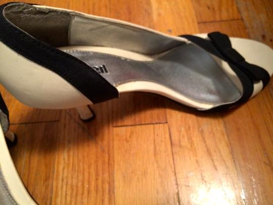 Unlisted by Kenneth Cole Dressy Formal Cream Pumps