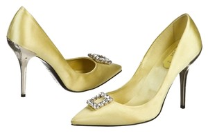 Roger Vivier Satin Buckle Jewel Nwt Yellow Pumps