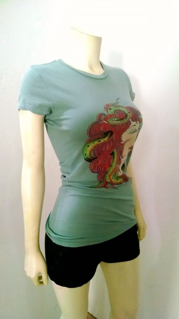 Ed Hardy Size Small P1437 T Shirt green, red, black