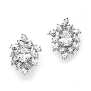 Mariell Brilliant Oval & Marquise Cluster Wedding Or Bridal Cubic Zirconia Earrings 3997e