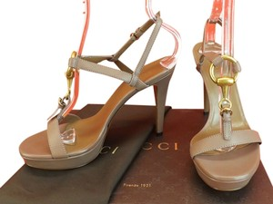 Gucci Pink Tan Pumps