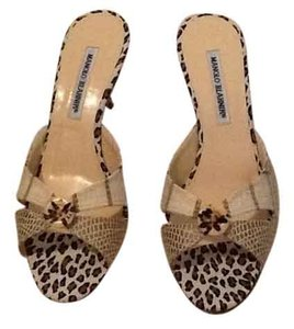 Manolo Blahnik Beige brown Sandals