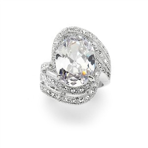 Mariell Silver Vintage Glamour Art Deco Cocktail with 10 Ct. Oval Cubic Zirconia Bling 4029r-7 Ring