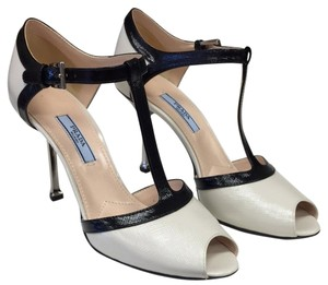 Prada Black/Off White Pumps
