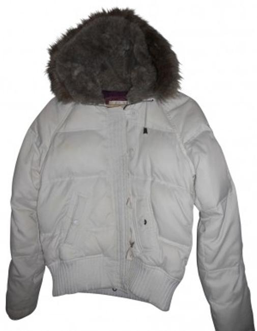 Preload https://item1.tradesy.com/images/american-eagle-outfitters-white-with-browngrey-fur-lined-hood-soft-puffyski-coat-size-12-l-39755-0-0.jpg?width=400&height=650