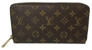 Louis Vuitton Louis Vuitton Zippy Organiser Wallet with DustBag Monogram