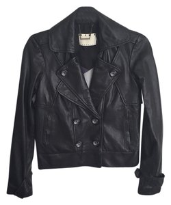 Mike Gonzalez black Jacket