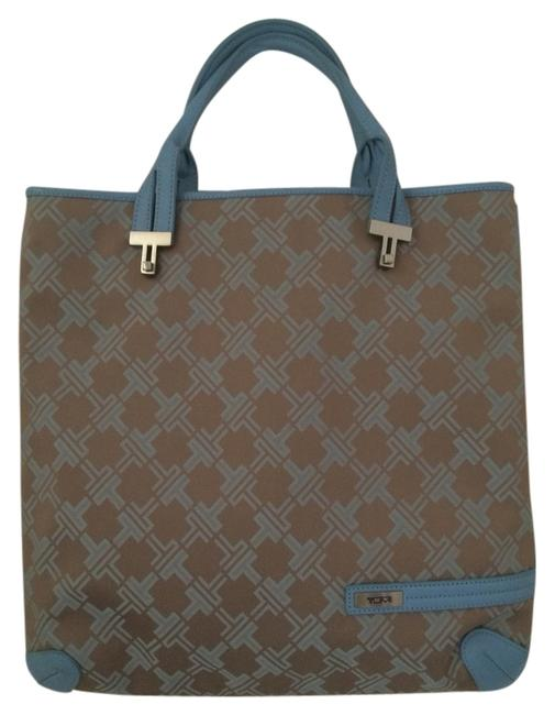 Item - The Signature Collection Powder Blue Leather Tote