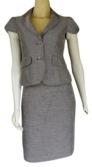 Preload https://item4.tradesy.com/images/the-limited-brown-tweed-career-xs4-puffed-cap-sleeves-skirt-suit-size-2-xs-3978628-0-0.jpg?width=400&height=650