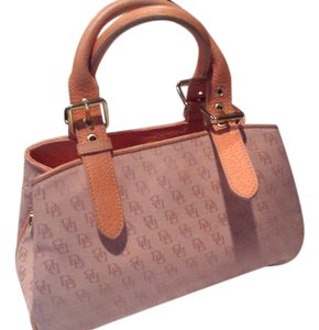 Dooney & Bourke Satchel in peach