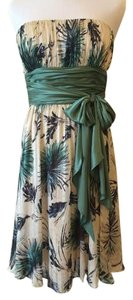 BCBGMAXAZRIA Strapless Summer Floral Silk Dress