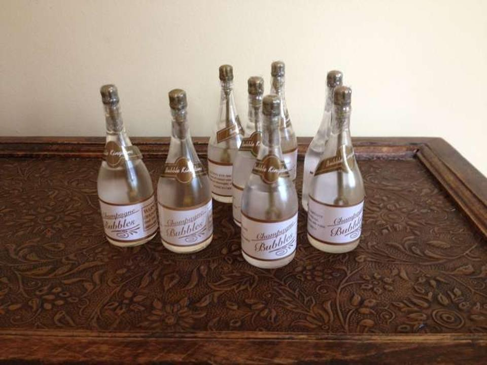 White 50 Champagne Form Wedding Favors Tradesy